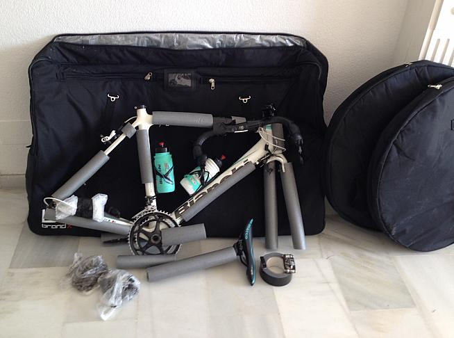 Packing Bicycle for Air Travels with Foams