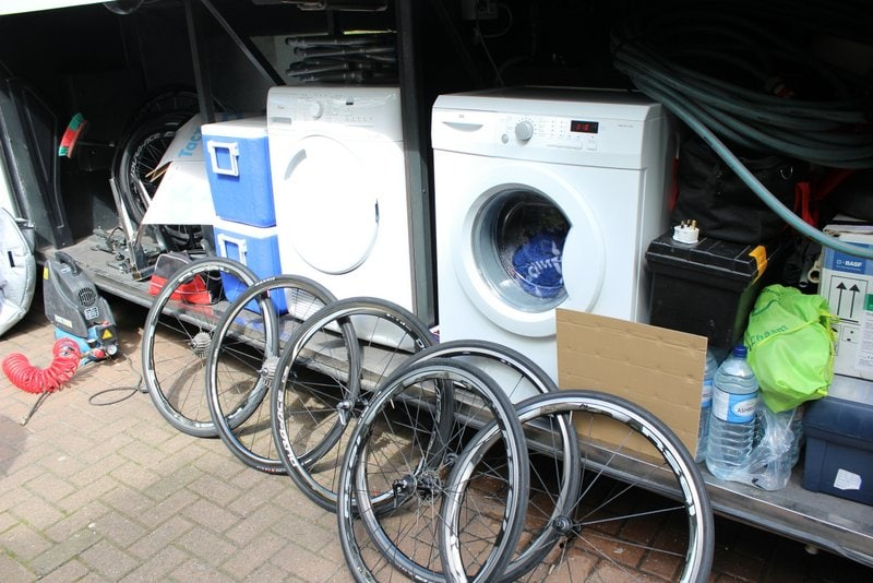 Procycling Bus Laundry
