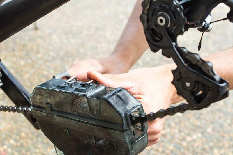 Cleaning the Bike Chain