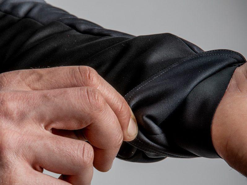 Castelli Alpha ROS 2 Jacket Black Sleeves